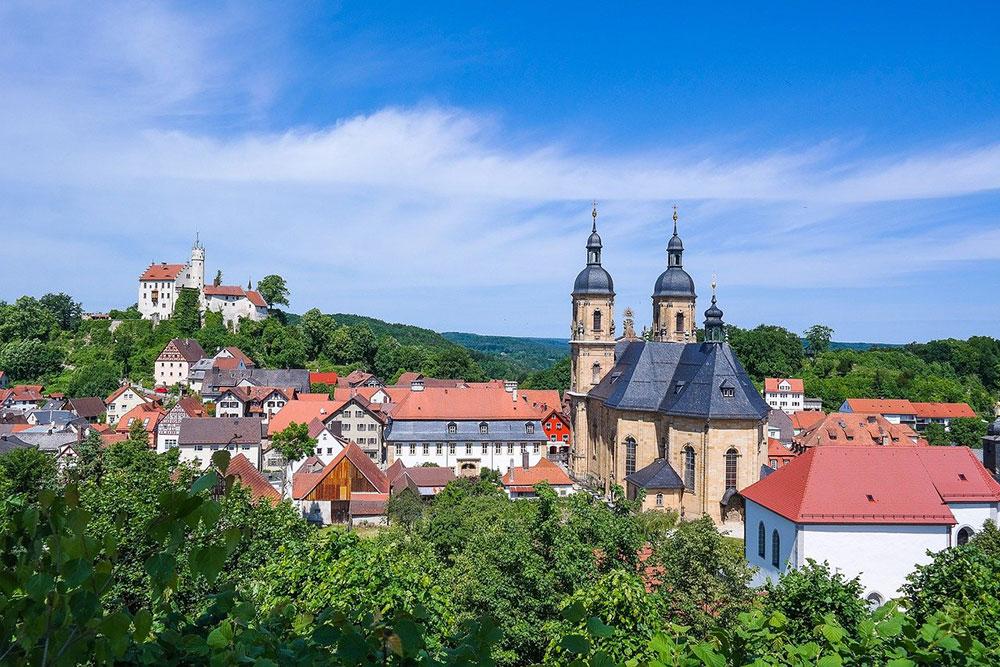 Burg Gößweinstein | Bild von IndiraFoto auf Pixabay